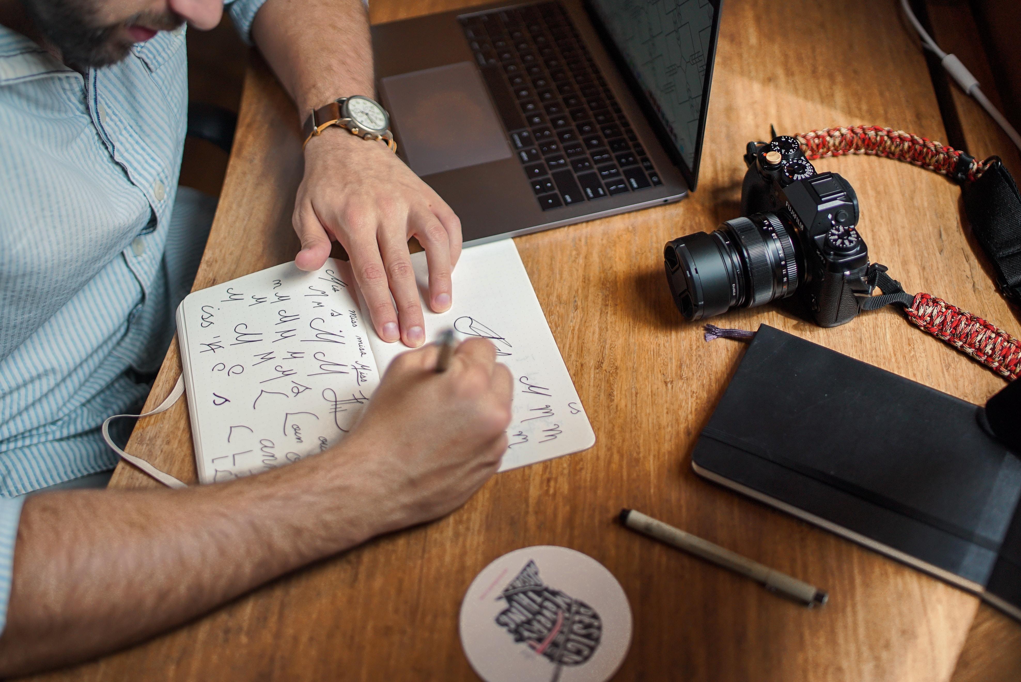 freelancers at desk