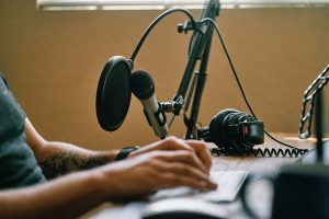 Is Renting a Podcast Studio Perfect For You? – What to Know
