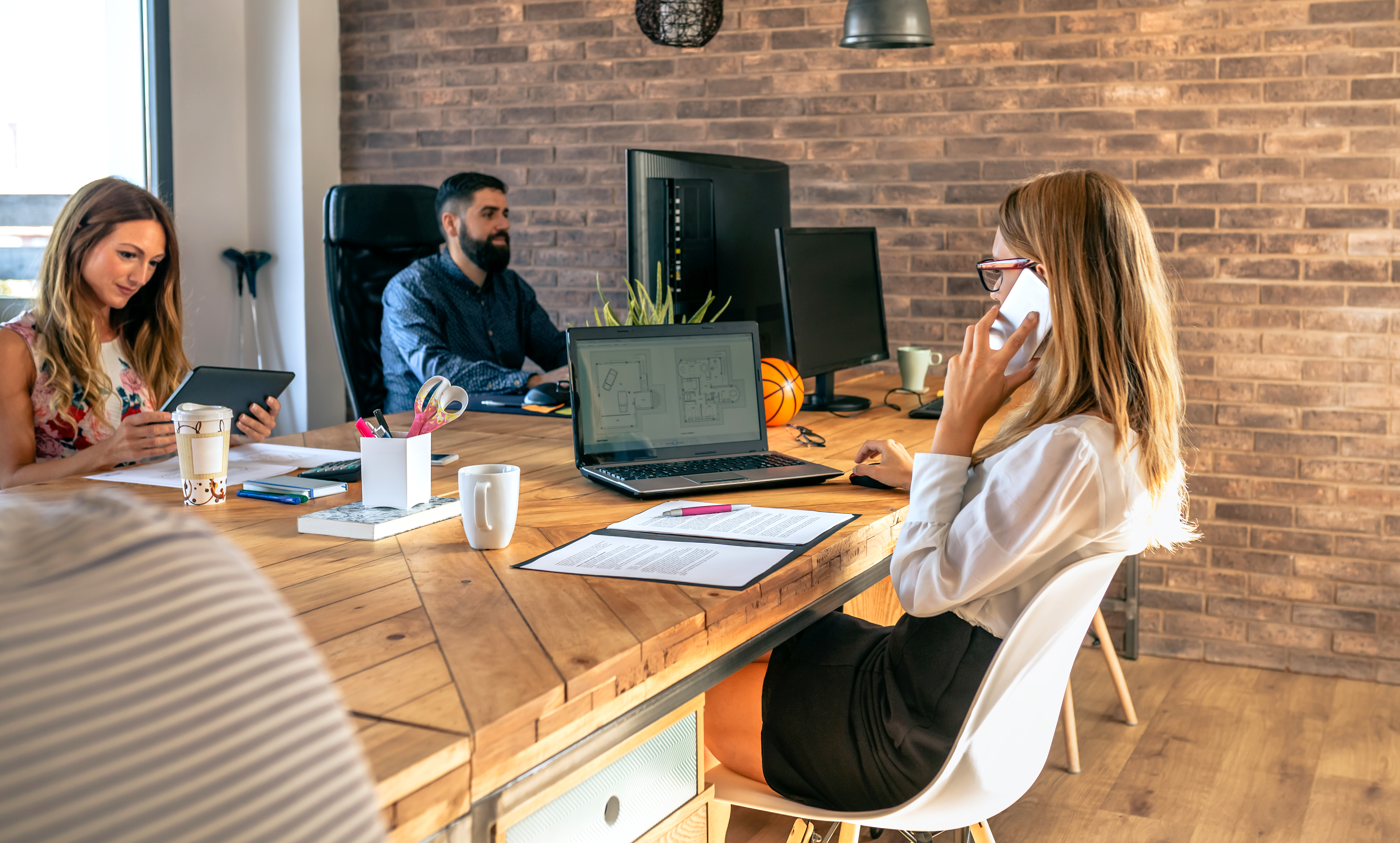 4 Ways a Coworking Space Can Help Reduce Operating Costs